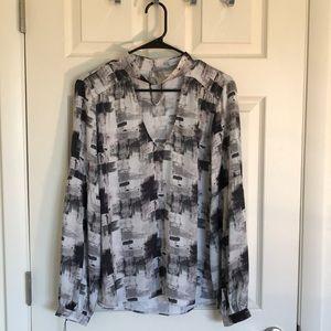 Beautiful Waverly gray blouse size XL